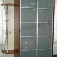 Вместительный шкаф в прихожую со стеклом лакомат в наличии в Витебске